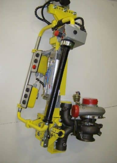Gracias a su exclusiva tecnología, los manipuladores industriales INDEVA ofrecen numerosas ventajas, en particular la capacidad de detectar y equilibrar el peso de la carga levantada automáticamente en tiempo real.