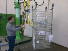 Manipulator for large trolleys